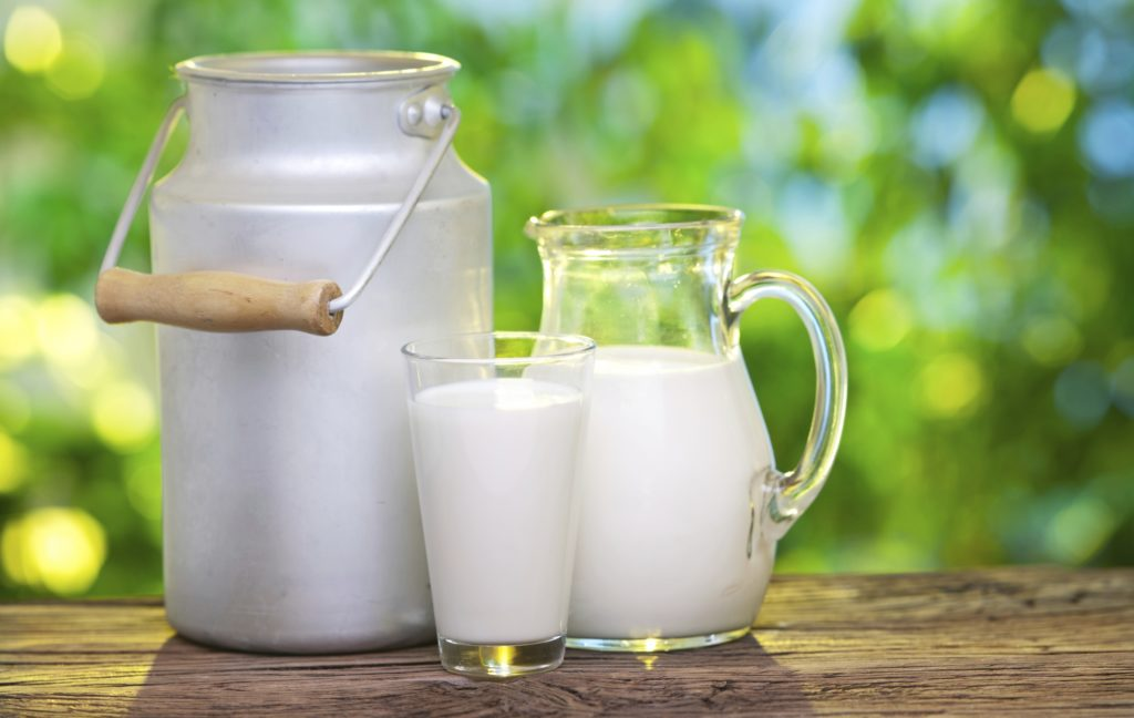 Latte: cosa contiene e quale scegliere