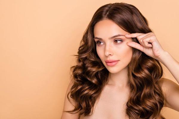 Come tonificare e modellare la pelle del viso e del corpo